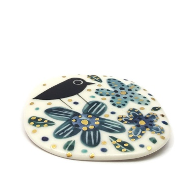 Porcelain brooch - Bird and spotty flowers